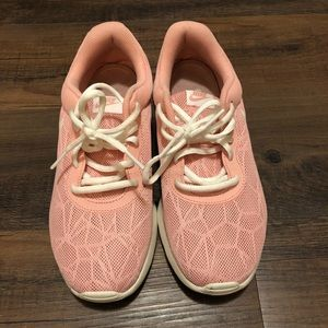 Pink Nike's size 9